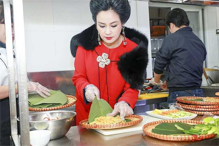 'Nếu sau này lấy vợ, tôi chỉ mong lấy được một người nấu ăn ngon như mẹ'