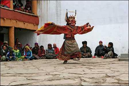 gày tết ở Bhutan rất đặc biệt và nhộn nhịp