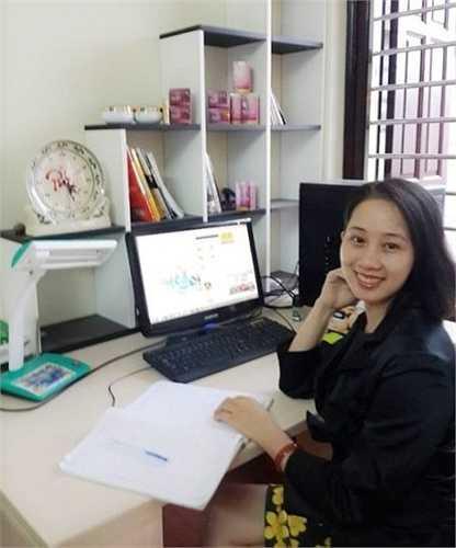 Nguyễn Thu Giang, bà chủ trẻ hơn 30 tuổi xinh xắn, là bà chủ mỹ phẩm handmade và đang sống cùng chồng với 2 con nhỏ tại Thanh Liệt, Thanh Trì, Hà Nội.