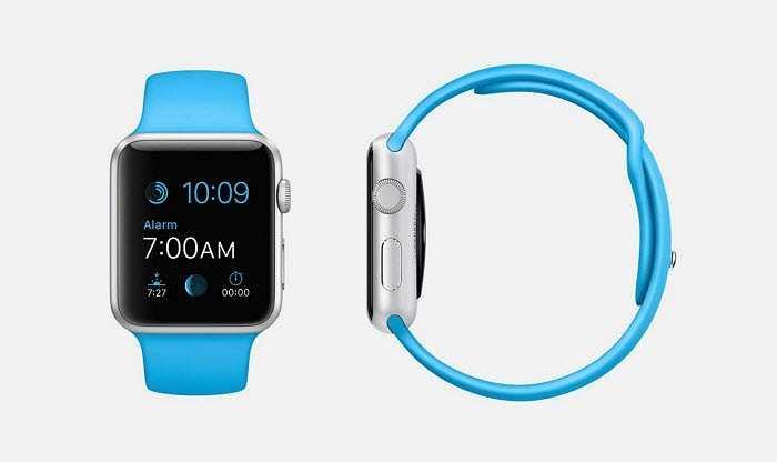 Phiên bản màu xanh của Apple Watch Sport đều tương tự phiên bản trước, ngoại trừ màu sắc của dây đeo.