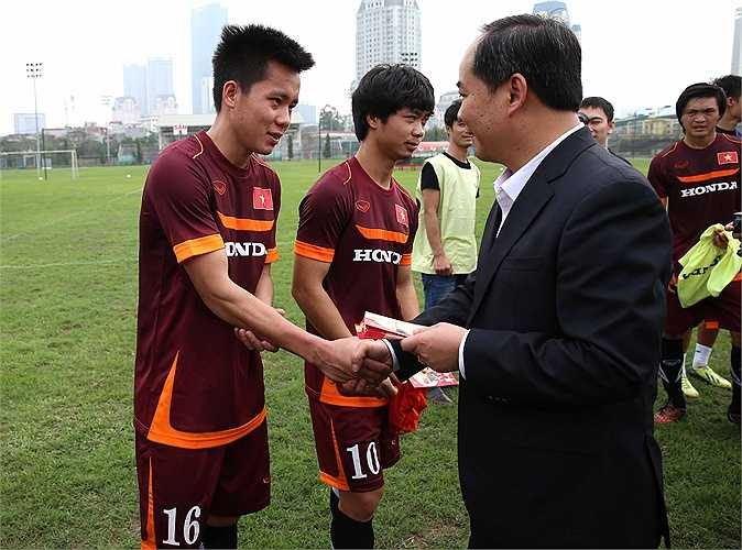 U23 Việt Nam lúc này nhận được sự chú ý đặc biệt từ dư luận (Ảnh: Quang Minh)