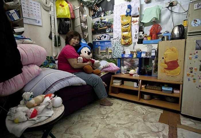 Mỗi phòng gồm nhiều giường, mỗi giường có giá thuê khoảng 1000 nhân dân tệ/tháng