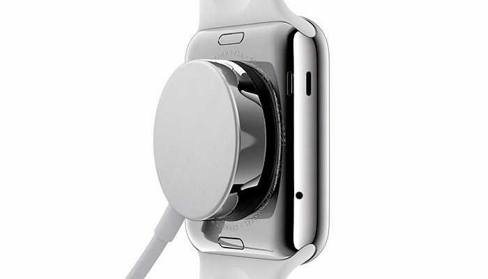 Sạc từ trường của Apple Watch. Theo hãng công nghệ Mỹ, bạn sẽ phải sạc đồng hồ hàng ngày