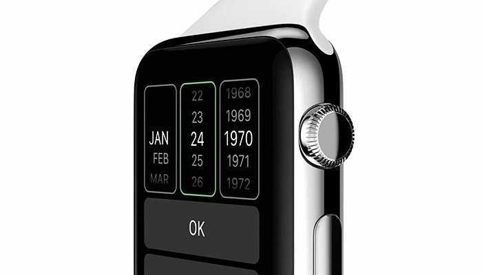 Núm điều khiển điện tử ở bên cạnh của thiết bị. Bạn có thể xoay nó để điều hướng, còn nhấn vào thì sẽ trở về màn hình chủ như nút Home trên iPhone