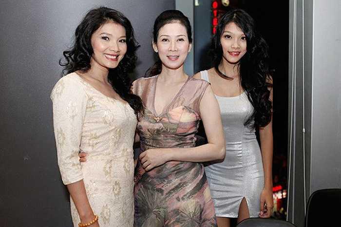Sau khi lấy chồng, Diễm Hương không tham gia bất kỳ hoạt động nào của làng giải trí.