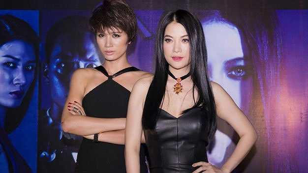 Đến sáng 27/2, nữ diễn viên Hương Ga vẫn bị giữ ở trụ sở công an. Lãnh đạo công an phường Hàng Buồm xác nhận đang tạm giữ Trần Thị Trang vì có hành vi lăng mạ và đánh cán bộ chiến sỹ khi làm nhiệm vụ.