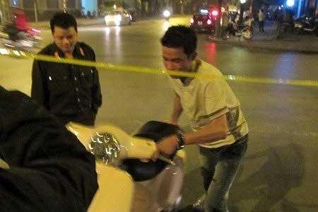 Anh cũng từng bị cảnh sát 141 dừng xe vì không đội mũ bảo hiểm
