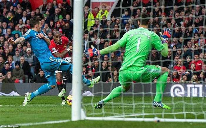 Ashley Young chính là nhân tố chơi tấn công nổi bật nhất bên phía Man Utd.
