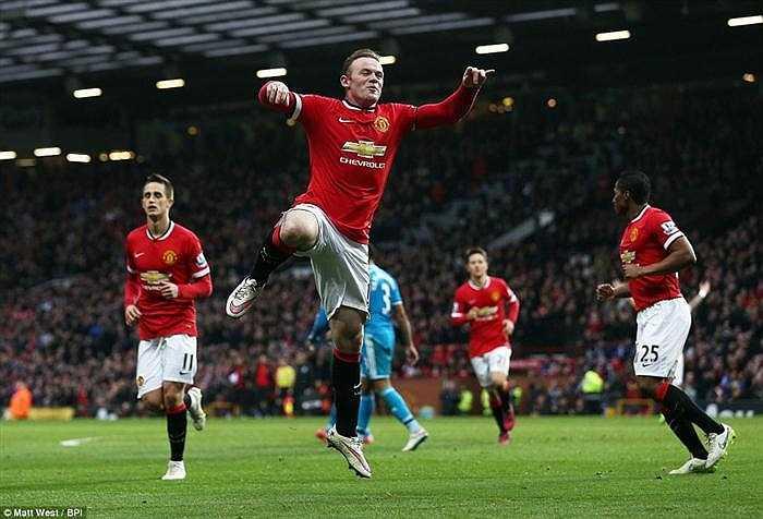 Cũng chính Rooney hoàn tất cú đúp ở phút 84, giúp Man Utd hạ gục 'Mèo đen' 2-0.