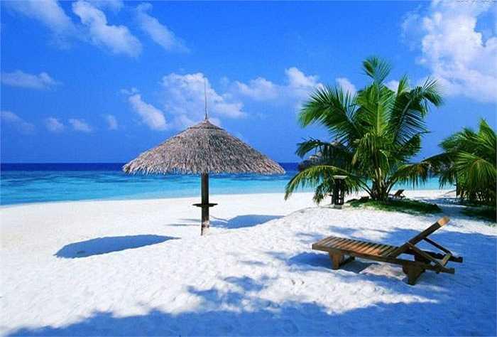 Nằm về phía Đông bán đảo Yucatan, Playa Paraiso là một điểm dừng chân lý tưởng của các du khách. Khi bạn đã bơi và nghỉ ngơi đủ thì bạn có thể dạo quanh những di tích của người Maya cổ chỉ cách bãi biển vài bước chân.