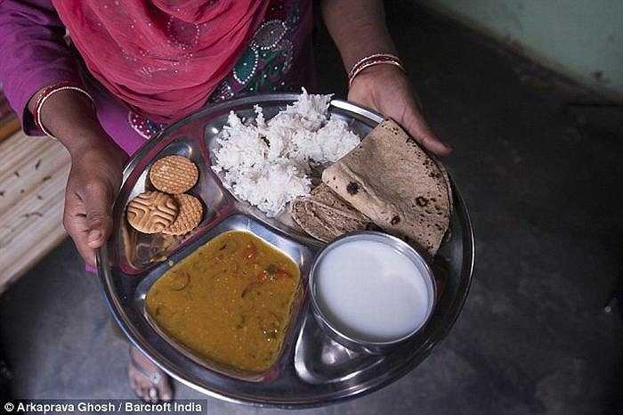 Suất ăn của Aliya mỗi bữa.