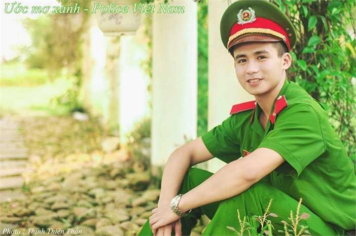 Trần Trung Hiếu (Biệt danh: Hieu Police) là sinh viên năm thứ 4, ngành Cảnh sát Kinh tế, trường HV Cảnh sát Nhân dân.