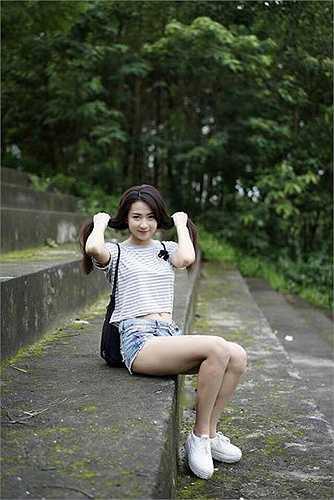 Ngoài ra, Minh Trang còn tham gia một số phim truyền hình sẽ ra mắt năm 2015 này.