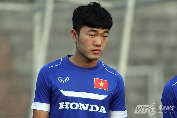 Nhưng phía sau sự háo hức lần đầu lên khoác áo U23 Việt Nam là một Xuân Trường đầy lo lắng của buổi tập đầu tiên.
