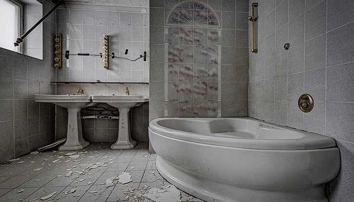 Phòng tắm xa xỉ bị lãng phí