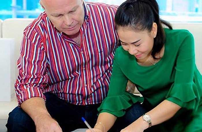 Vợ chồng nữ ca sĩ Thu Minh bỏ ra hơn 4 triệu đô la để mua... 2 căn penthouse trong một khu căn hộ đắt đỏ bậc nhất Sài Gòn.