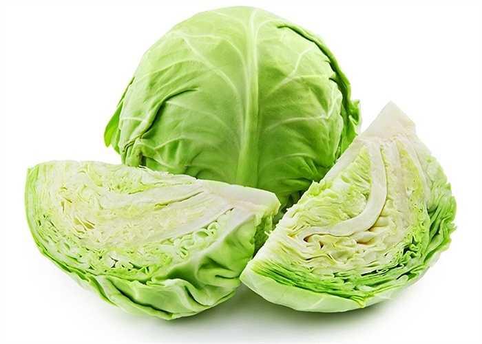 Cải bắp: Là loại rau đặc biệt có tác dụng tiêu hao lượng mỡ dư thừa ở vùng eo và vùng bụng. Chất sulfur và lot trong cải bắp có tác dụng thanh lọc, thải độc cho cơ thể.