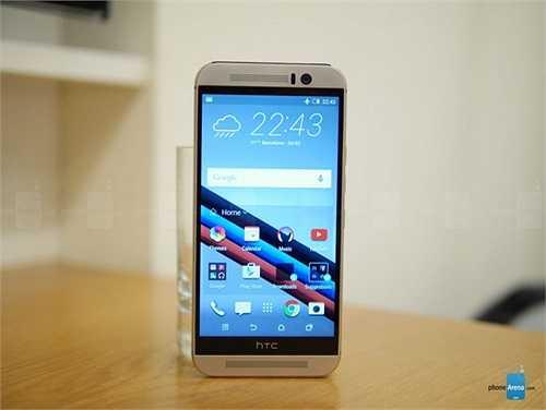 One M9: Cũng giống như bộ đôi của Samsung, đây cũng là sản phẩm chủ đạo của HTC trong năm nay. Không chỉ thừa hưởng thiết kế thuộc hàng đẹp nhất hiện nay của dòng HTC One cao cấp, phần cứng cực mạnh giúp chiếc điện thoại này nghiễm nhiên được xếp vào phân khúc cao cấp.