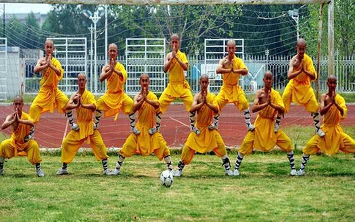 Học viện bóng đá ở chùa Thiếu Lâm được mở từ cuối năm 2013