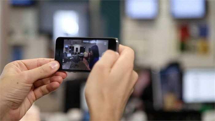 iPhone không làm được điều này, mặc dù Apple đã bổ sung thêm một số tính năng mới cho iOS, cho phép dễ dàng chỉnh sửa hình ảnh một cách nhanh chóng.