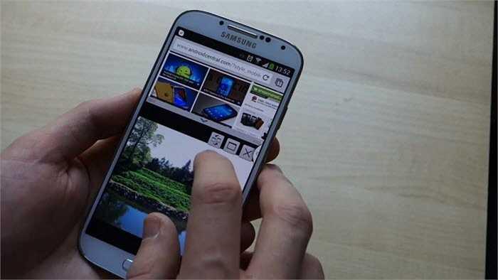 Hầu hết thiết bị Samsung Galaxy, bao gồm cả Galaxy S6 và S6 Edge, cho phép bạn chạy nhiều hơn một ứng dụng cùng lúc trên màn hình chính.