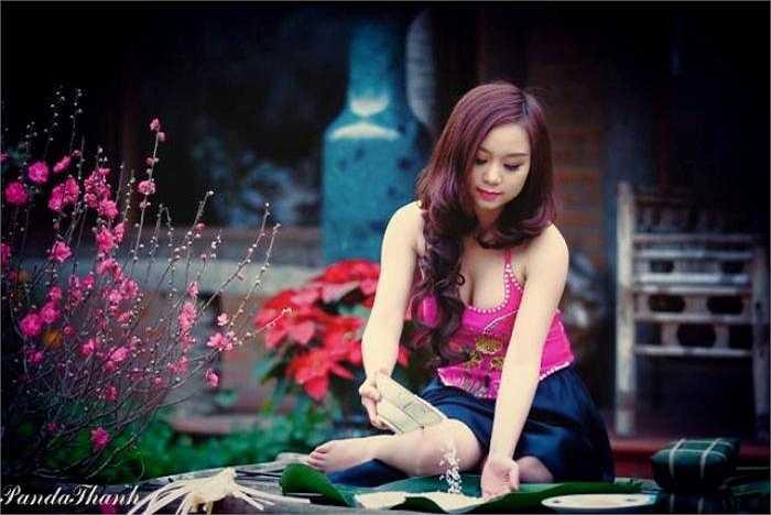 Cô gái xinh đẹp này cũng rất yêu thích truyền thống văn hóa của dân tộc