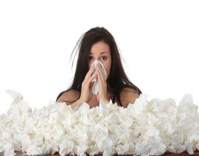 Nếu bạn thường xuyên bị lạnh, hệ thống miễn dịch của bạn kém. Bạn nên đu đủ để chống lại cảm lạnh và ho. Đu đủ giúp tăng cường hệ miễn dịch của bạn, vì đu đủ rất giàu vitamin C .