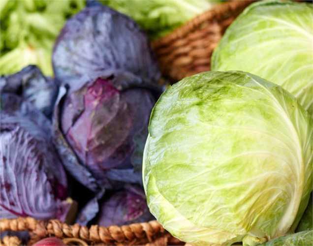 Loại rau họ cải: bao gồm bông cải xanh, bắp cải và súp lơ, làm giảm nồng độ estrogen. Estrogen ức chế sản sinh testosterone; do đó các loại rau này làm tăng mức độ testosterone tuyệt vời.