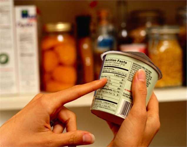 Hạn chế tiêu thụ các thực phẩm chế biến sẵn, vì các chất hóa học trong đó ảnh hưởng đến đường tiêu hóa. Một hệ thống tiêu hóa kém sẽ ảnh hưởng đến toàn bộ hoạt động của cơ thể.