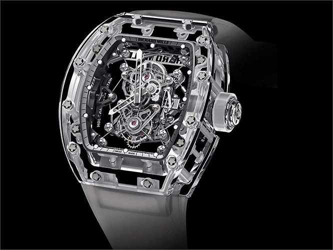 Tourbillon RM 56-02 Sapphire (Giá: 2 triệu USD): Được làm từ những công nghệ cao nhất trong làng chế tạo đồng hồ, sản phẩm của Richard Mille có cấu tạo cực kỳ phức tạp. Chỉ tính riêng thời gian làm ra phần vỏ của mỗi chiếc đồng hồ như thế này đã phải mất tới 40 ngày cùng 400 giờ tiếp theo để làm xong thành sản phẩm hoàn thiện.