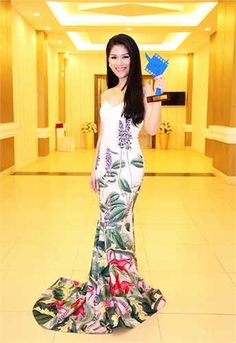 Giải thưởng 'Diễn viên triển vọng' của Cánh diều vàng 2014 sẽ là bước đệm để cô khẳng định mình trong các vai diễn tiếp theo.