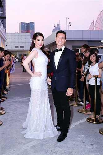 Đêm 12/03, rất nhiều sao Việt đã có mặt tại Lễ trao giải thưởng 'Cánh Diều 2014' do Hội điện ảnh Việt Nam tổ chức.
