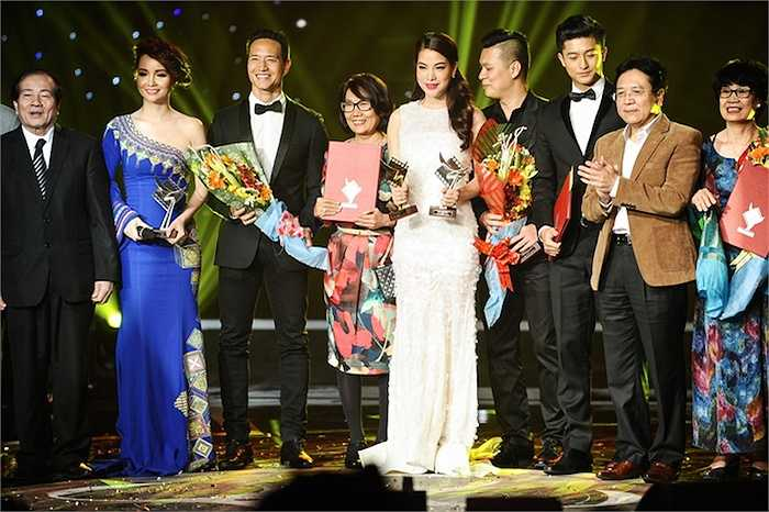 Bộ phim 'Hương Ga' do Kim Lý và Trương Ngọc Ánh thủ vai cũng nhận được giải Cánh Diều Bạc.