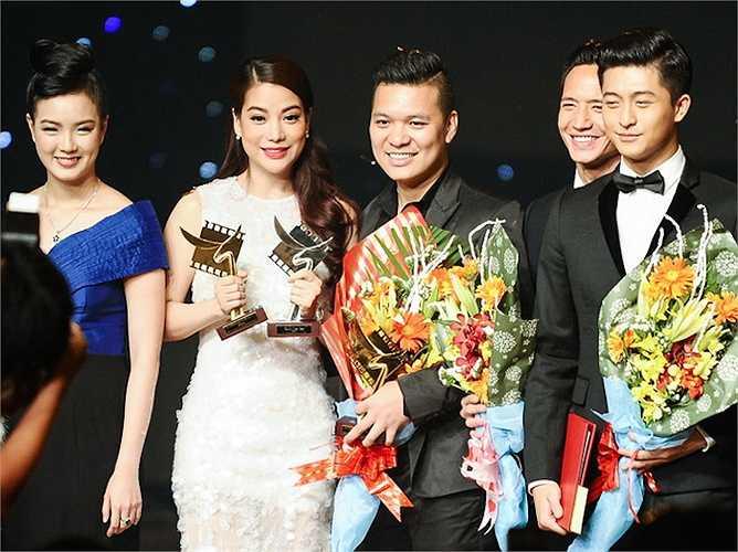 Đạo diễn Cường Ngô cũng nhận giải 'Đạo diễn xuất sắc' cho 'Hương Ga'.