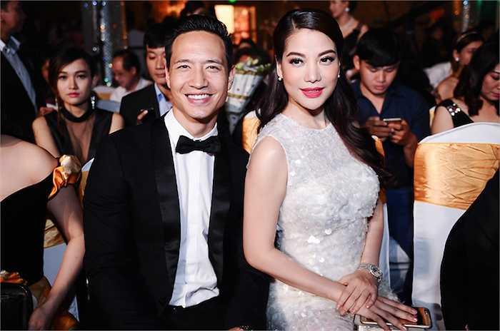 Bên cạnh Trương Ngọc Ánh, Kim Lý luôn rất hạnh phúc.
