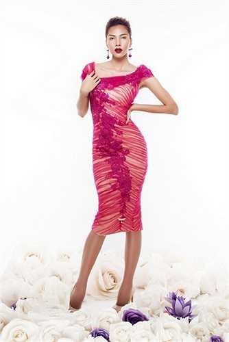 Sau khi Đoạt giải Đồng Siêu Mẫu 2008, Minh Triệu tiến vào làng thời trang, cô gây ấn tượng với giới chuyên môn và khán giả bằng một phong cách lạnh lùng, sắc sảo nhưng rất chuyên nghiệp trên sàn catwalk