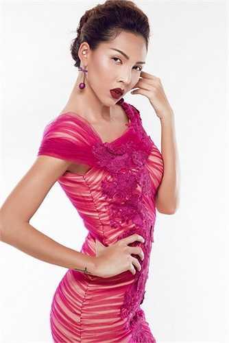Liên tiếp xuất hiện trên các sàn diễn thời trang lớn nhỏ và là khách mời đặc biệt trong hầu hết các show diễn của các nhà thiết kế thời trang có tiếng tại Việt Nam, Minh Triệu ngày càng chứng tỏ được vị trí của mình trong làng mốt với một gương mặt, cá tính không thể lẫn lộn với bất kì ai.