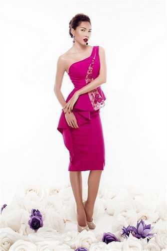 BST bao gồm các mẫu váy dùng để đi tiệc, váy dạ hội với các gam màu nổi bật, tươi sáng