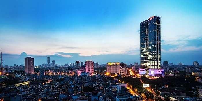 2. Hanoi Lotte Center. Địa điểm: Hà Nội Chiều cao: 267 m. Giống như Landmark 72, Hanoi Lotte Center là 1 tổ hợp bao gồm trung tâm thương mại, văn phòng, khách sạn và nhà ở. Hanoi Lotte Center có cấu tạo gồm 65 tầng cộng với 5 tầng hầm.