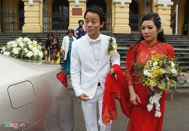 Chế Phong là người sống tình cảm nên được người nhà cùng hai con gái của Thanh Thanh Hiền yêu mến.