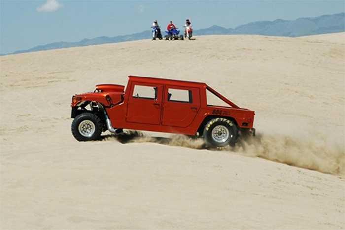 Siêu xe Hummer có công suất 3.029 mã lực và mô-men xoắn cực đại 2.719 Nm.