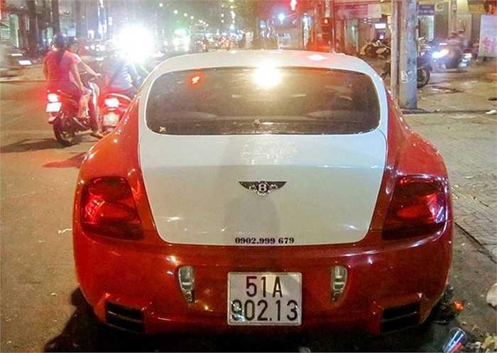Siêu xe này từng xuất hiện tại TP HCM, sau đó được chuyển ra Hà Nội, và cuối cùng lại được chuyển về TP HCM làm xe hoa.