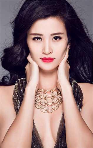 Ngắm bộ ảnh mới của Đông Nhi: