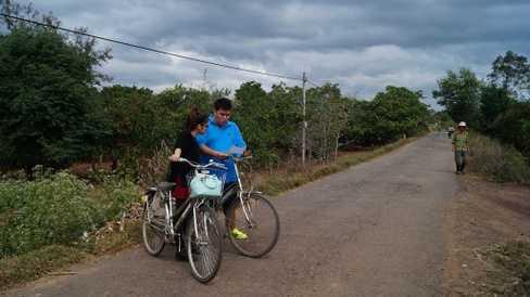 Bộ đôi cùng tham gia các thử thách tại Đắk Lắk.