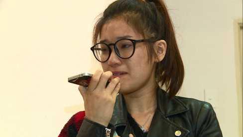 Hoàng Yến bật khóc khi bị từ chối cho ở trọ.