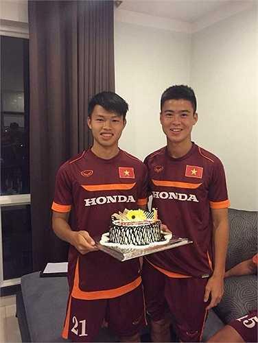 Văn Thành và đồng đội tại Hà Nội T&T Duy Mạnh. Thêm Đức Huy, Hà Nội T&T có 3 cầu thủ góp mặt trong đội U23 Việt Nam vào thời điểm này.