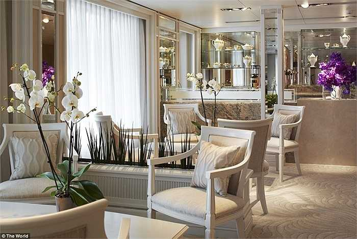 Các vị khách sẽ trải qua 3-6 tháng trên tàu để tham quan thế giới
