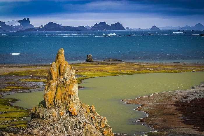 Đảo Barrientos, Nam Cực