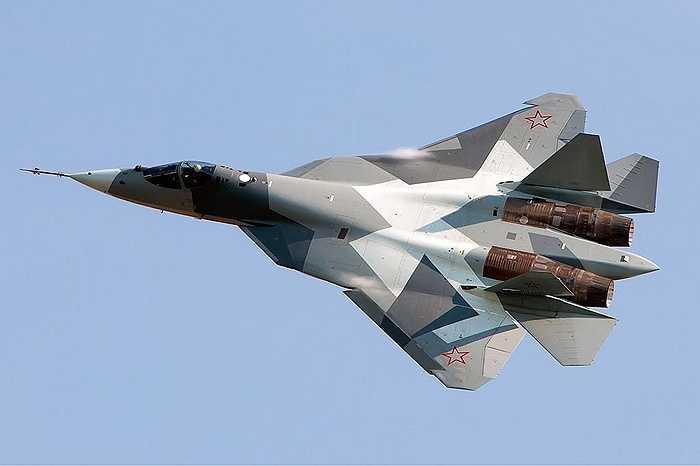 Chiến cơ tàng hình thế hệ 5 PAK FA T-50 của Nga, đối thủ của F-22 và F-35