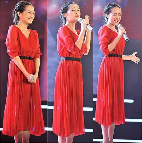 Bảo Anh lần đầu tiên xuất hiện trên sân khấu The Voice.